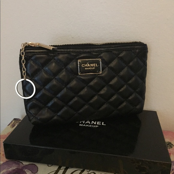 cc363b836862 Chanel Black Makeup Pouch with Keychain